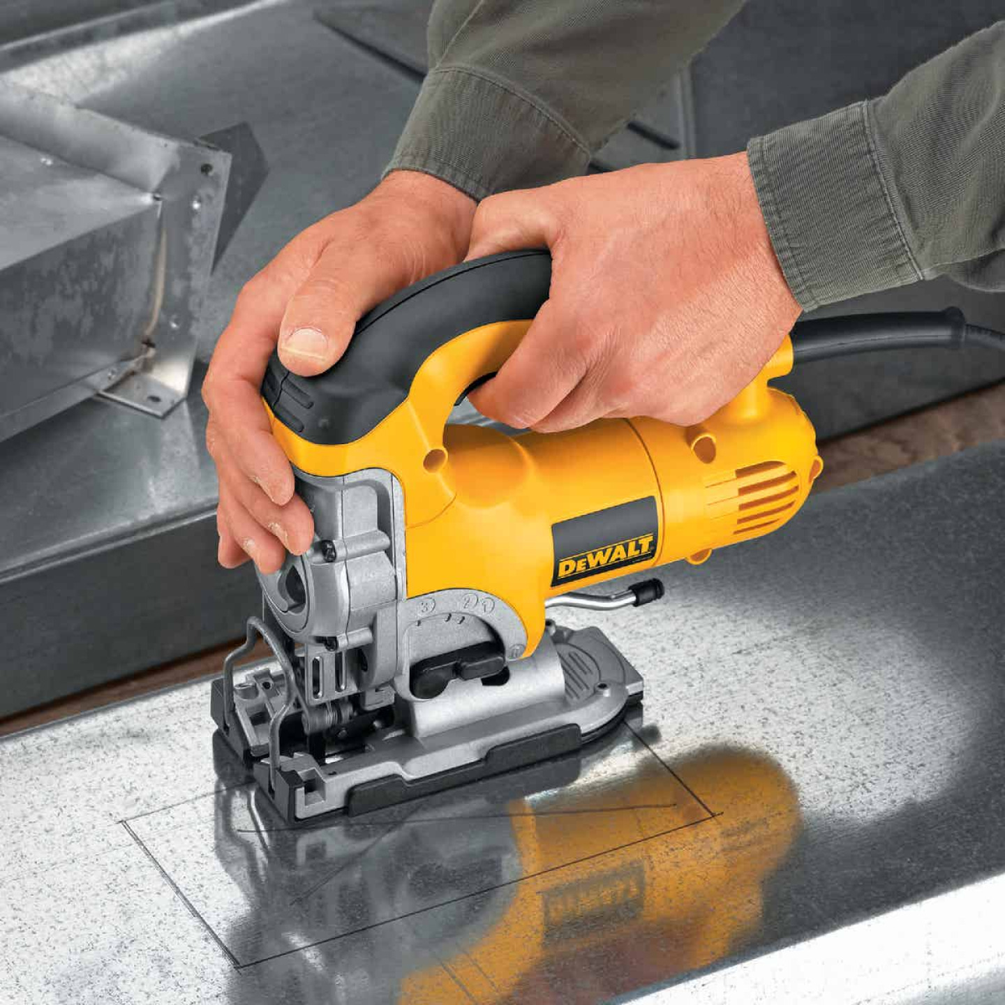 DeWalt 6.5A 4-Position 500-3100 SPM Jig Saw Kit Image 5